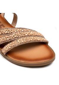 Różowe sandały Gioseppo
