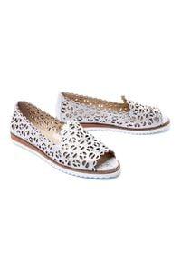 Srebrne sandały Lanqier w ażurowe wzory