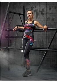 FJ! - Top LION. Materiał: tkanina, skóra, lycra. Wzór: nadruk, kolorowy, aplikacja. Sport: fitness, joga i pilates