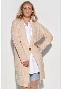 Beżowy sweter Makadamia