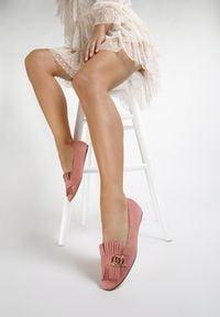 Renee - Różowe Mokasyny Saffron. Kolor: różowy
