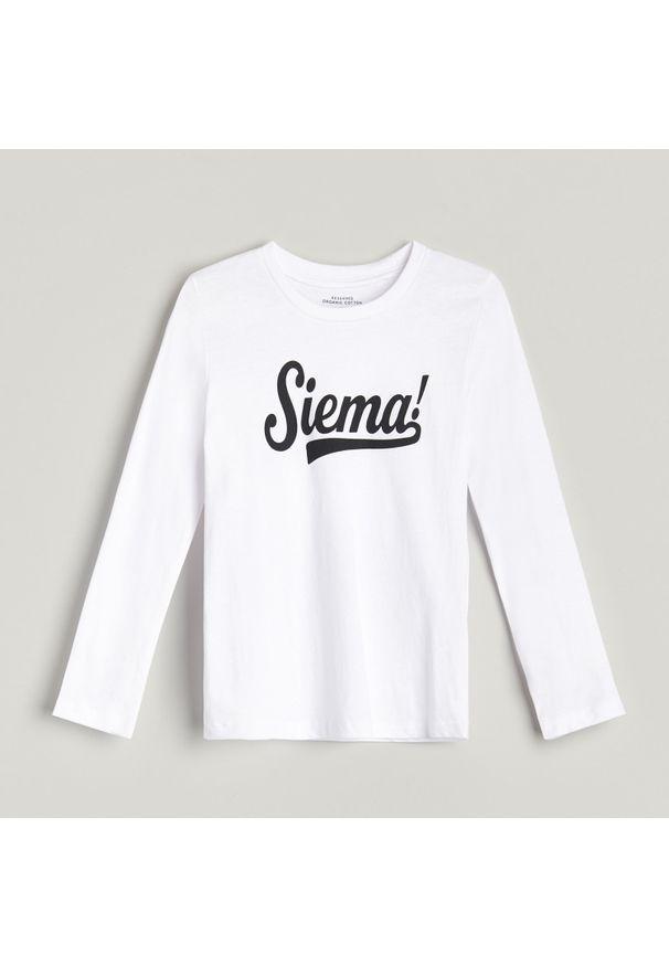 Biała koszulka z długim rękawem Reserved z napisami