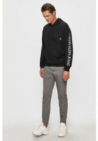 Czarna bluza nierozpinana Calvin Klein Jeans z kapturem
