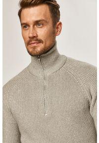 Szary sweter Premium by Jack&Jones na co dzień, raglanowy rękaw, krótki, casualowy