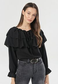 Czarna bluzka hiszpanka Born2be