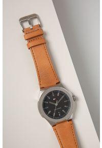 Złoty zegarek TOMMY HILFIGER