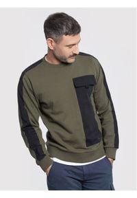 Vistula Bluza Griswold XA1149 Zielony Regular Fit. Kolor: zielony