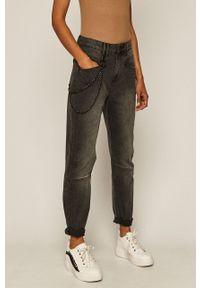 Czarny jeansy loose fit medicine z podwyższonym stanem, w kolorowe wzory
