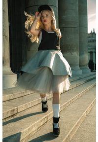 Spódnica Hultaj Polski krótka, elegancka, w kolorowe wzory