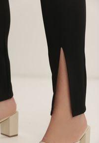 Renee - Czarne Spodnie Cygaretki Bathusi. Kolor: czarny