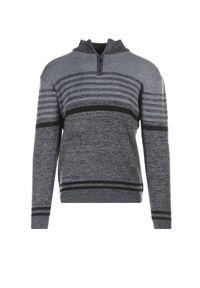 Czarny sweter Born2be z golfem