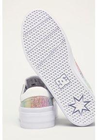 DC - Dc - Tenisówki. Nosek buta: okrągły. Zapięcie: sznurówki. Kolor: zielony. Materiał: guma. Obcas: na platformie