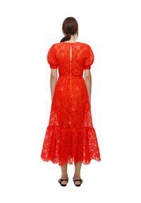 SELF PORTRAIT - Czerwona sukienka midi z koronki. Kolor: czerwony. Materiał: koronka. Wzór: koronka. Typ sukienki: rozkloszowane, dopasowane. Długość: midi