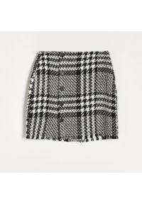 Reserved - Spódnica mini z guzikami - Wielobarwny