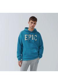 House - Bluza z napisem Epic - Niebieski. Kolor: niebieski. Wzór: napisy