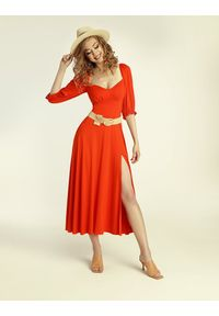 Madnezz - Sukienka Cubana - chilli. Materiał: wiskoza, elastan