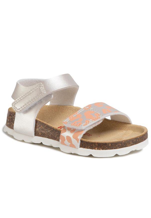 Białe sandały Superfit