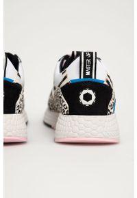 Czarne sneakersy MOA Concept na obcasie, na średnim obcasie, z okrągłym noskiem