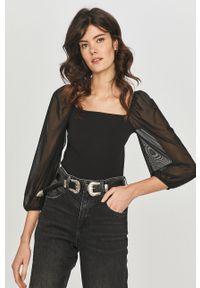 Czarna bluzka Answear Lab wakacyjna, na co dzień, z dekoltem karo