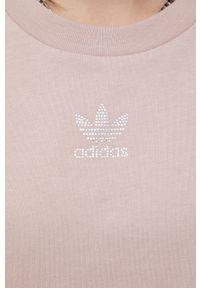 adidas Originals - T-shirt bawełniany. Okazja: na co dzień. Kolor: brązowy. Materiał: bawełna. Styl: casual