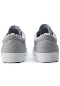 Szare buty skate Nike
