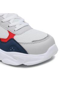 Champion - Sneakersy CHAMPION - Low Cut Shoe Philly b Gs S31933-S20-WW001 Wht. Okazja: na uczelnię, na spacer. Kolor: biały. Materiał: materiał. Szerokość cholewki: normalna