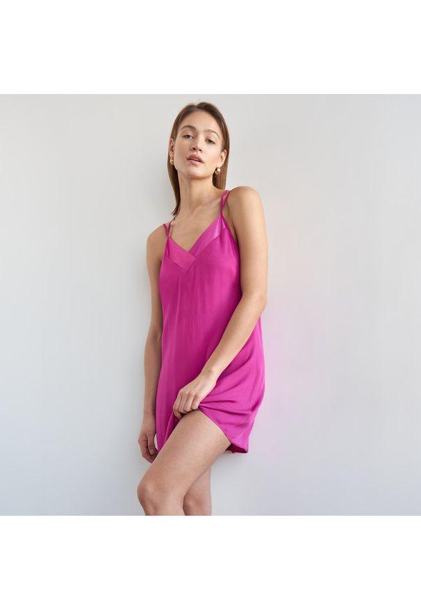 Mohito - Wiskozowa koszula nocna - Różowy. Kolor: różowy. Materiał: wiskoza