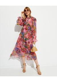 ZIMMERMANN - Szyfonowa sukienka midi. Typ kołnierza: kołnierz z falbankami. Kolor: różowy, fioletowy, wielokolorowy. Materiał: szyfon. Długość rękawa: długi rękaw. Wzór: kwiaty, nadruk, aplikacja. Sezon: wiosna, jesień. Styl: boho. Długość: midi