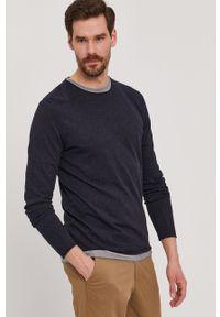 Niebieski sweter Selected na co dzień, casualowy