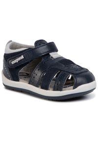 Niebieskie sandały Mayoral na lato