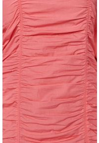 Vero Moda - Sukienka. Okazja: na co dzień. Typ kołnierza: dekolt hiszpanka. Kolor: różowy. Materiał: tkanina. Długość rękawa: długi rękaw. Wzór: gładki. Typ sukienki: proste. Styl: casual