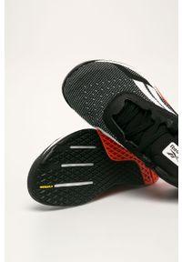 Czarne sneakersy Reebok na sznurówki, z okrągłym noskiem