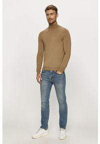 Niebieskie jeansy Levi's® biznesowe, w kolorowe wzory
