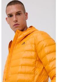 adidas Performance - Kurtka puchowa. Okazja: na co dzień. Typ kołnierza: kaptur. Kolor: pomarańczowy. Materiał: puch. Styl: casual