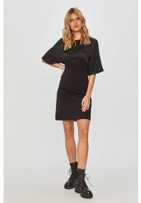Czarna sukienka Diesel casualowa, z krótkim rękawem