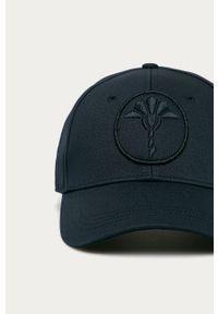 Niebieska czapka z daszkiem JOOP! z aplikacjami