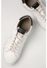Białe sneakersy AllSaints z cholewką, na obcasie