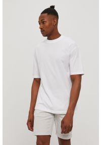 Jack & Jones - T-shirt. Okazja: na co dzień. Kolor: biały. Materiał: dzianina. Wzór: gładki. Styl: casual