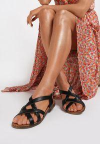 Czarne sandały Renee