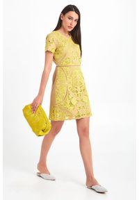 Sukienka TwinSet z krótkim rękawem, mini, z haftami, dopasowana