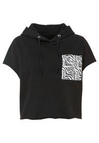 Bluza z kapturem bonprix czarno-biały w paski zebry. Typ kołnierza: kaptur. Kolor: czarny. Długość rękawa: krótki rękaw. Długość: krótkie. Wzór: motyw zwierzęcy, paski
