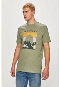 Only & Sons - T-shirt. Okazja: na co dzień. Kolor: turkusowy. Materiał: bawełna. Wzór: nadruk. Styl: casual