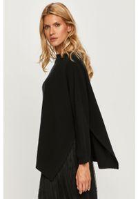 Czarny sweter MAX&Co. z okrągłym kołnierzem