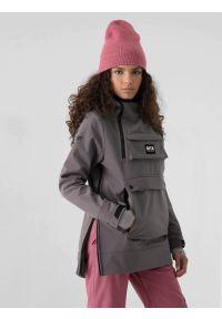 4f - Kurtka softshell anorak snowboardowa membrana 8000 damska. Kolor: szary. Materiał: softshell. Długość: długie. Sezon: zima. Sport: snowboard