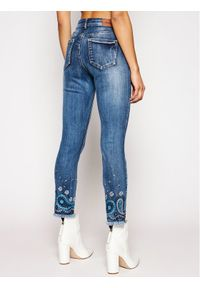 Niebieskie jeansy slim Desigual paisley