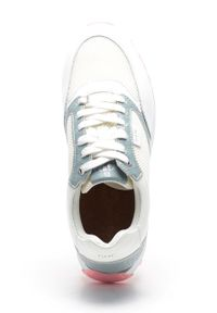 GOE - Buty. Nosek buta: okrągły. Zapięcie: sznurówki. Kolor: biały. Materiał: skóra. Obcas: na platformie