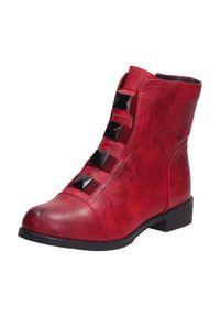 Sabatina - Czerwone wyższe botki damskie SABATINA DM21-03. Kolor: czerwony. Materiał: skóra. Styl: klasyczny