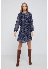 Pepe Jeans - Sukienka Arianna. Materiał: tkanina. Długość rękawa: długi rękaw. Typ sukienki: rozkloszowane