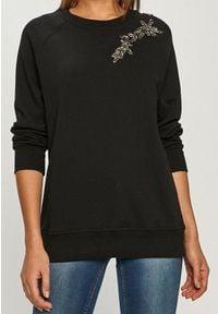 TwinSet - Bluza z haftem Twinset. Typ kołnierza: bez kaptura. Kolor: czarny. Materiał: bawełna. Długość rękawa: raglanowy rękaw. Wzór: haft