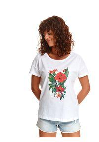 TOP SECRET - Damski t-shirt z kwiatowym nadrukiem. Kolor: biały. Materiał: tkanina, bawełna. Długość rękawa: krótki rękaw. Długość: krótkie. Wzór: nadruk, kwiaty. Sezon: lato. Styl: wakacyjny